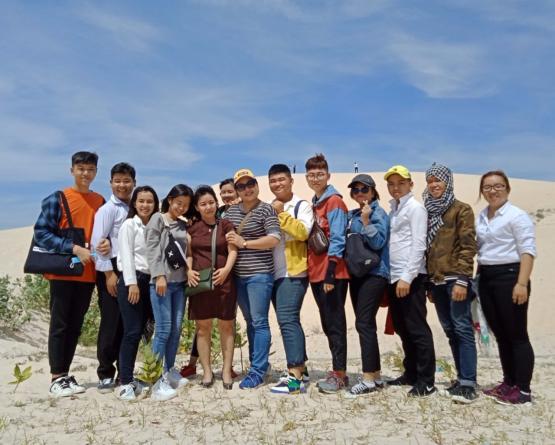 Hoạt động thực tập hướng dẫn tour Nha Trang - Đà Lạt của lớp HDDLK9-CS và HDDLK10-CS ở Phan Thiết
